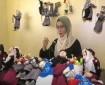 خاص بالفيديو والصور|| ولاء موسى.. سيدة فلسطينية تصنع دمى للأطفال تحاكي التراث الفلسطيني